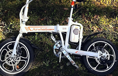 Airwheel R5 tour electric bike
