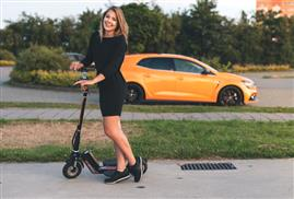 Airwheel Z5 Lightweight Electric Scooter